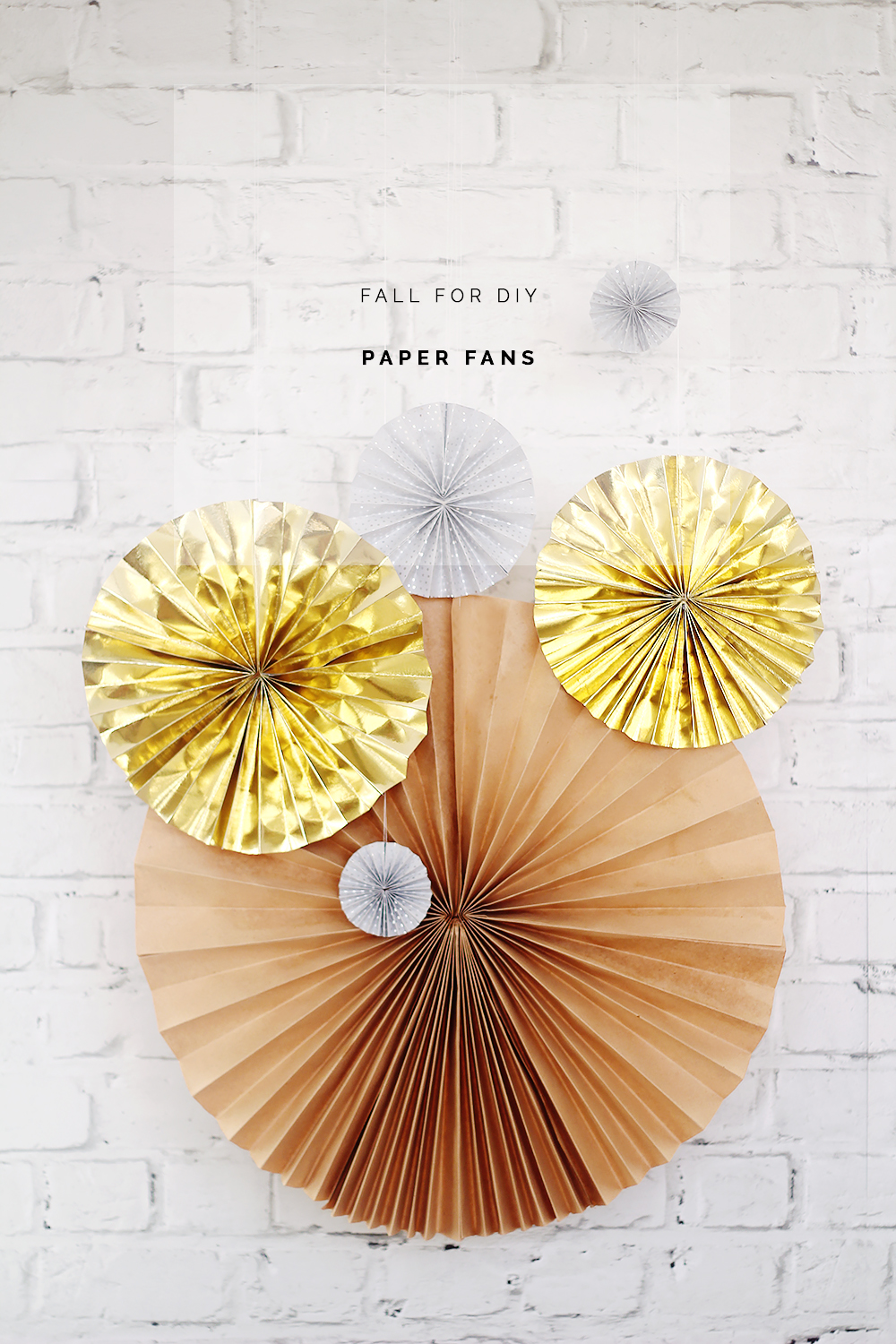 DIY New Years Eve Paper Fans | Fall For DIY