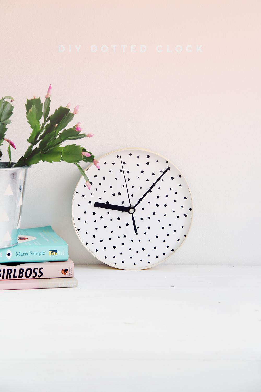 Fall For DIY for Design Sponge Spotted Clock tutorial