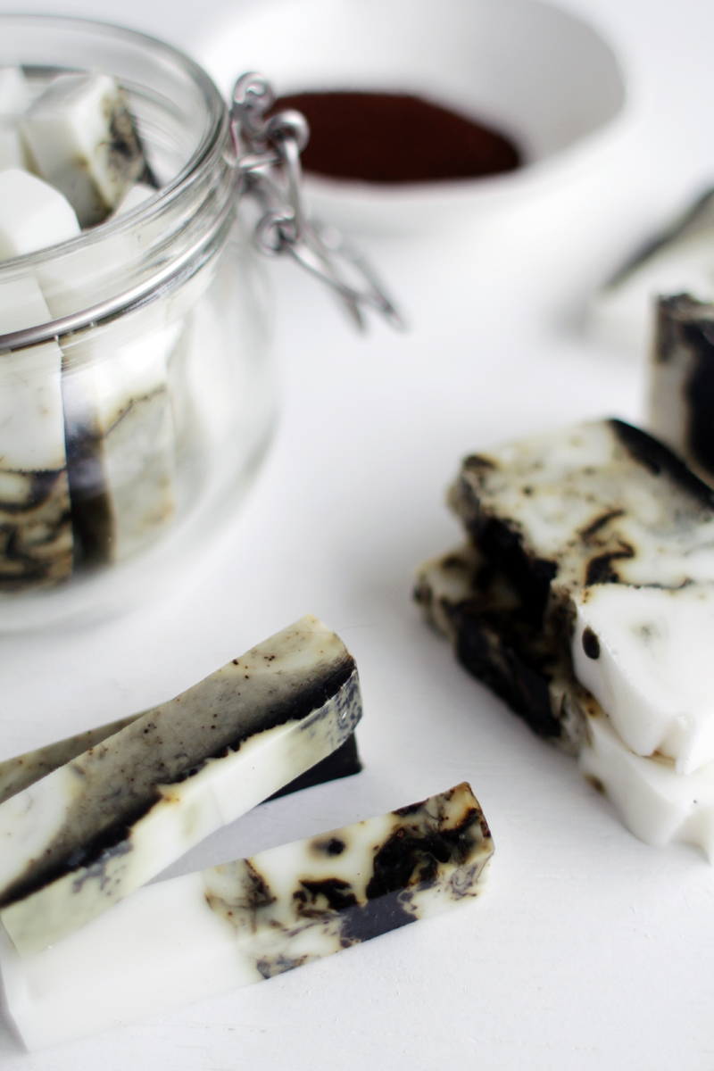 Fall-For-DIY-Coffee-and-Coconut-Marbled-Soap-Sticks-11
