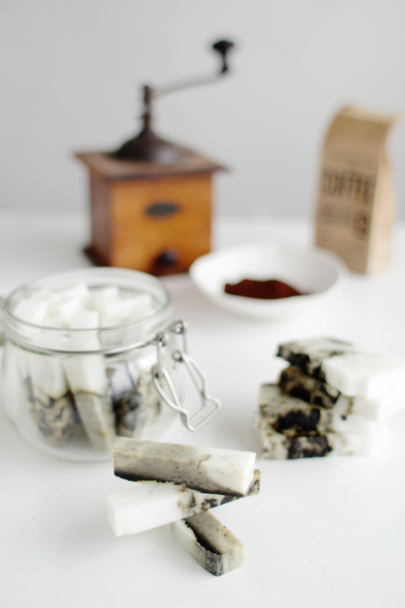 Fall-For-DIY-Coffee-and-Coconut-Marbled-Soap-Sticks-7
