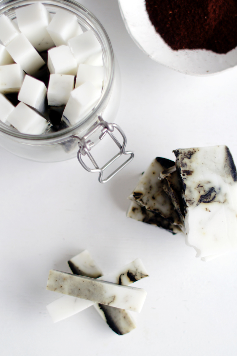 Fall-For-DIY-Coffee-and-Coconut-Marbled-Soap-Sticks-8
