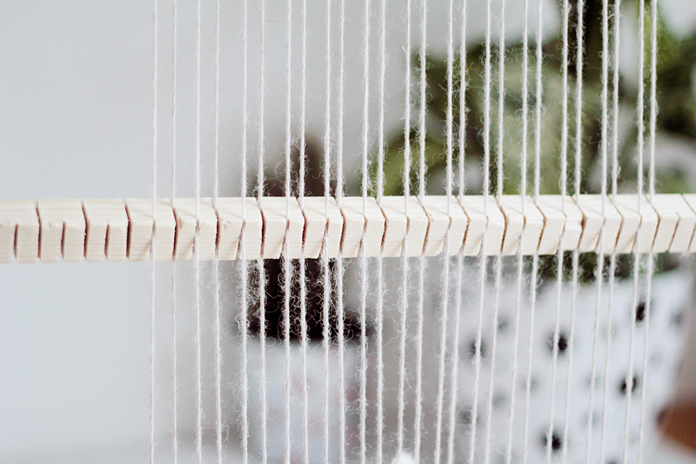 DIY Heddle Bar to Speed up your Weave   Fall For DIY