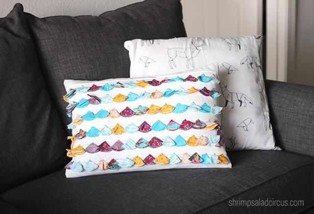 DIY-Anthropologie-Tasseled-Jacare-Pillow-8