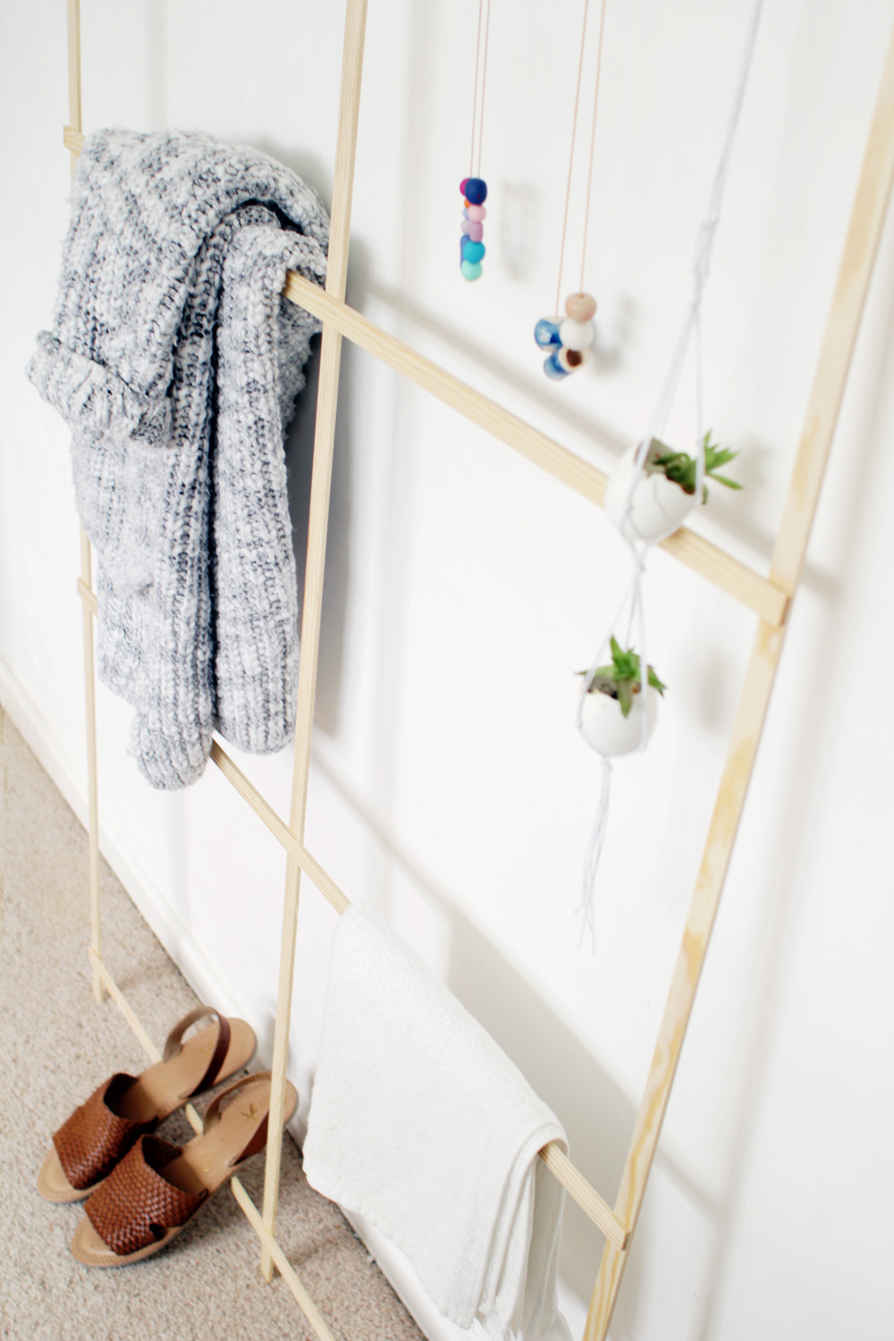 Fall For DIY Trellis Clothes Rack 12