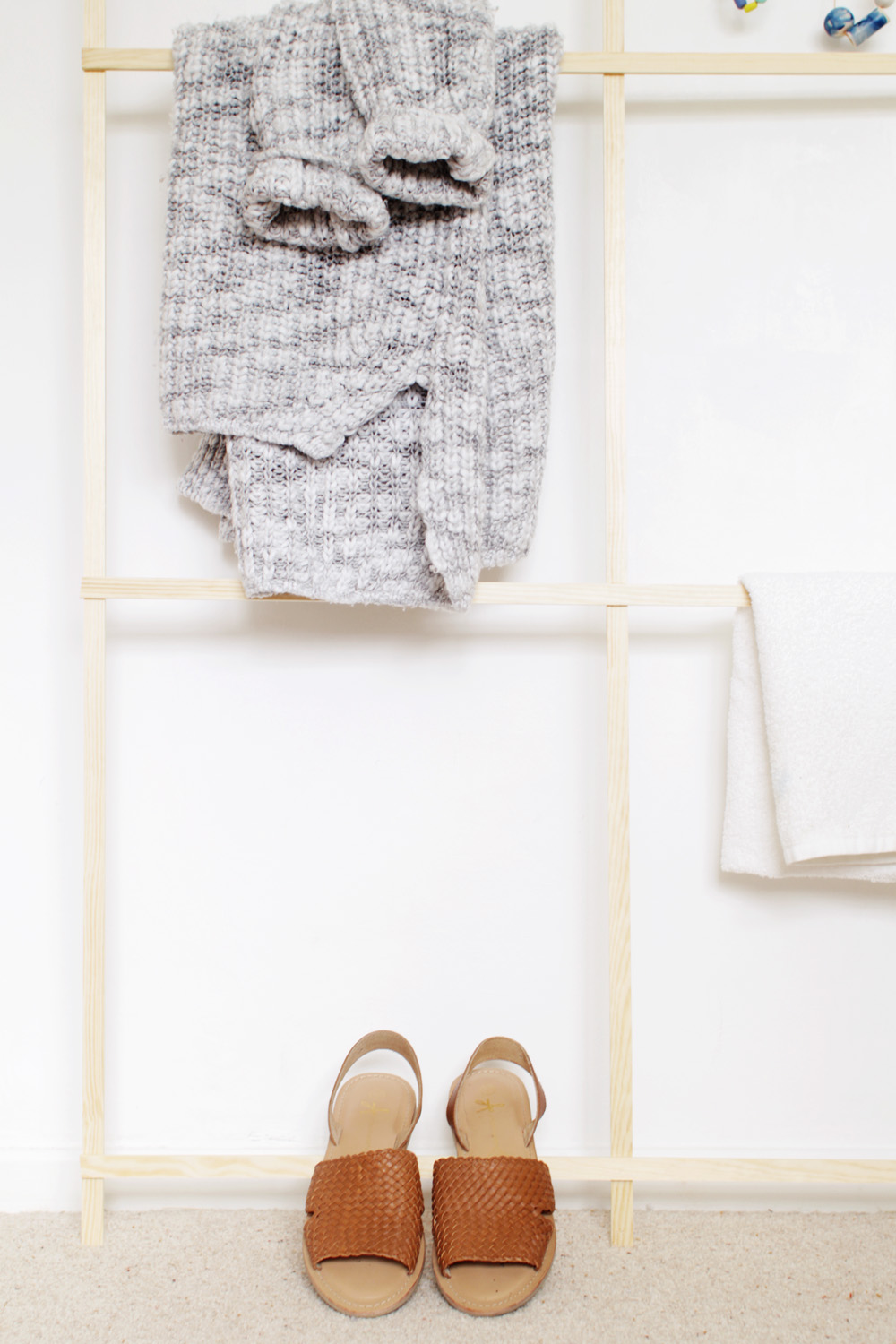 Fall For DIY Trellis Clothes Rack 8