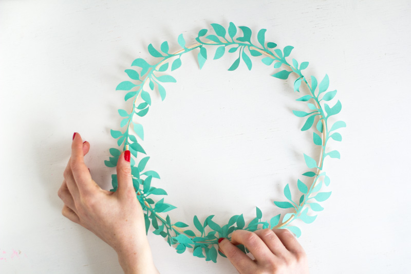 DIY Paper Cut Wreaths | Fall For DIY