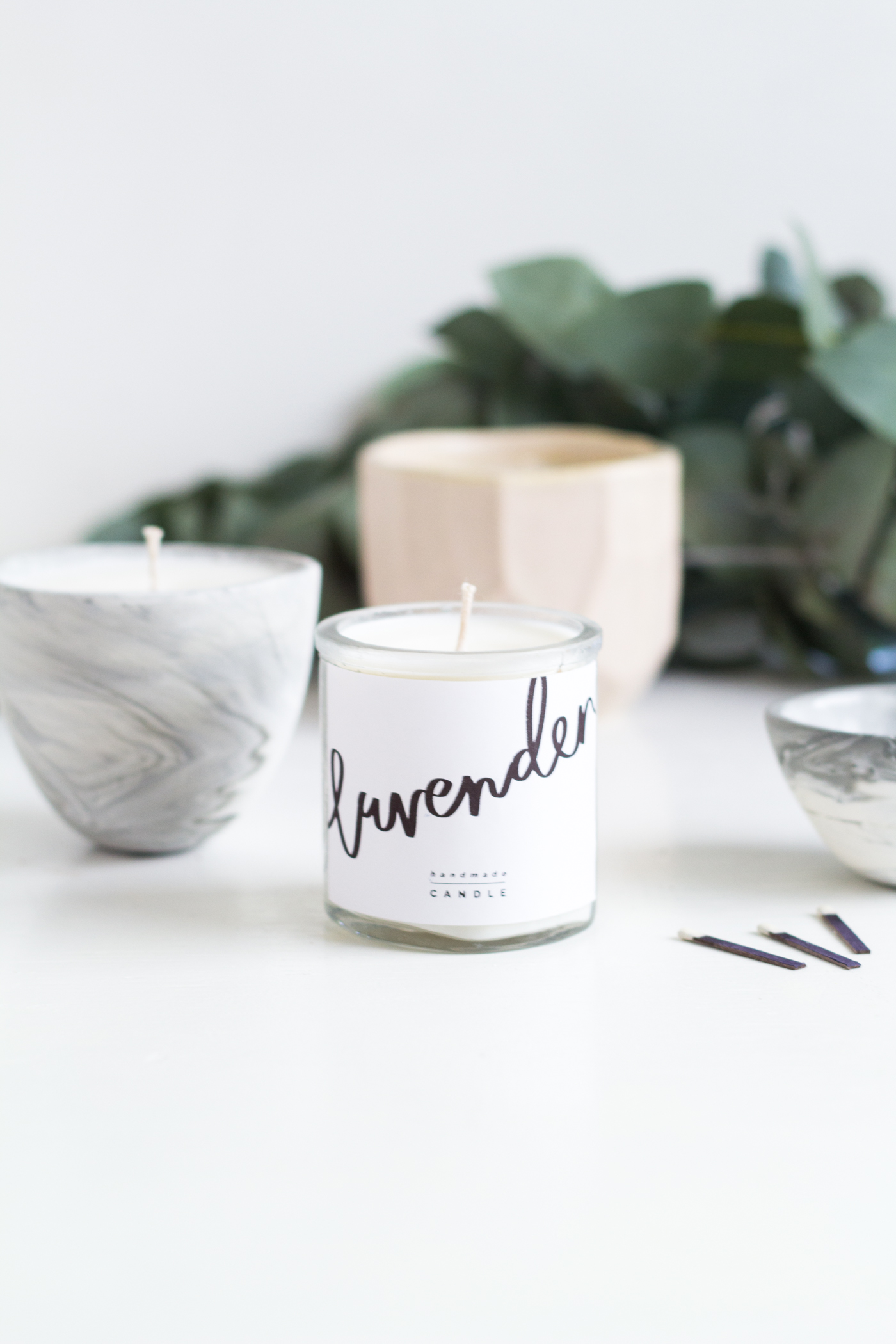 DIY Scented Candle Gifts & Free Printables | @fallfordiy