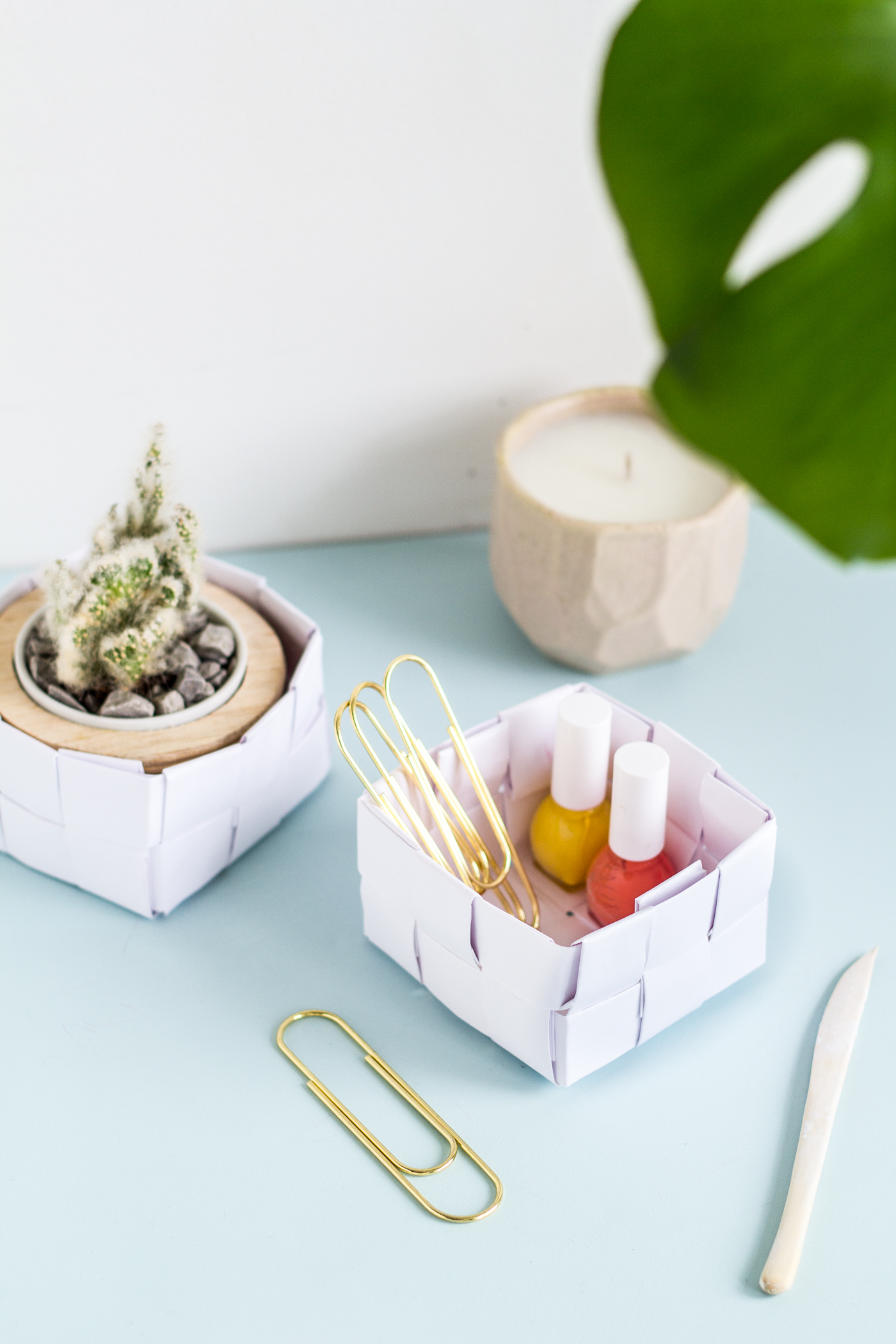 DIY Paper Basket Desk Storage