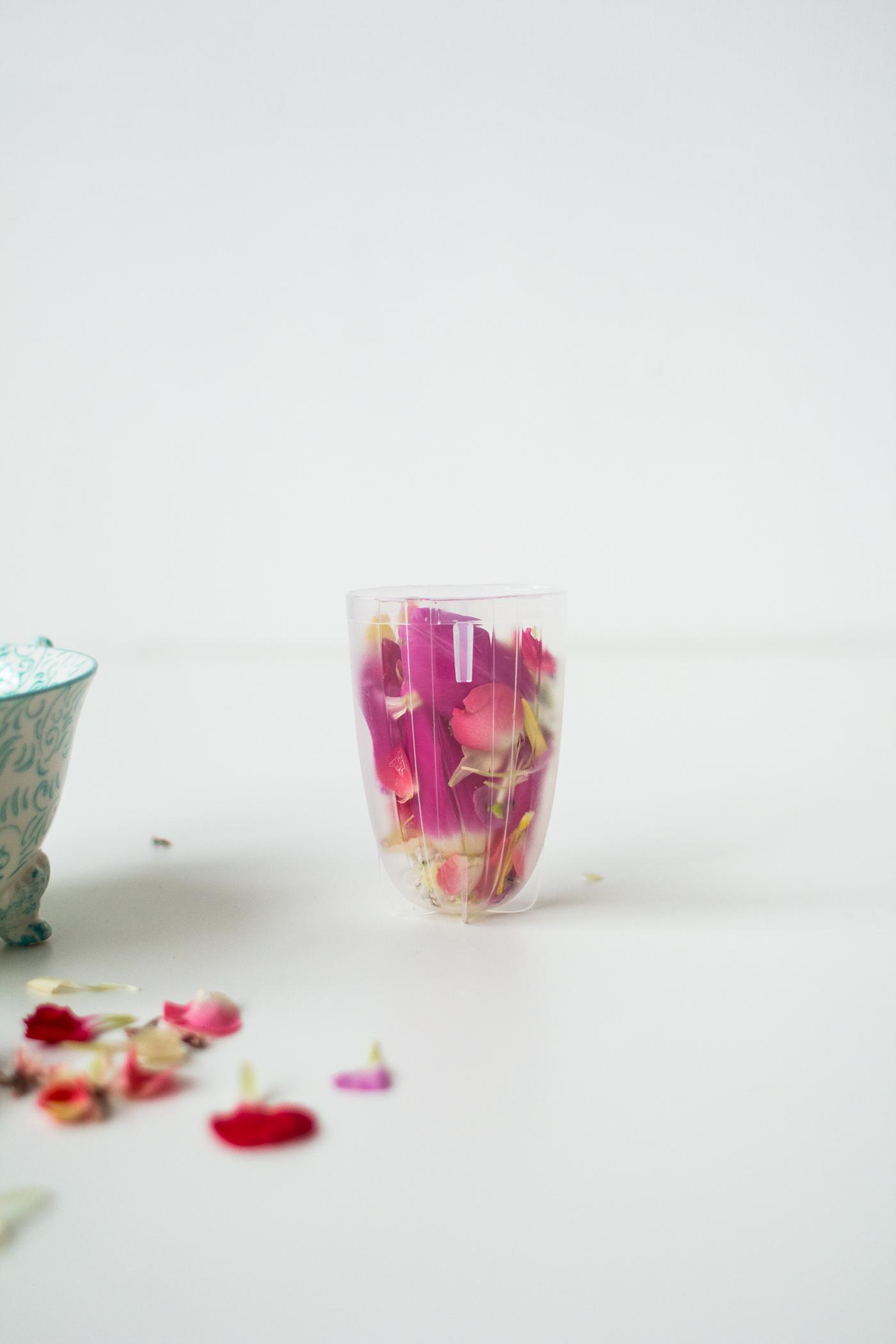 Valentine soap pops