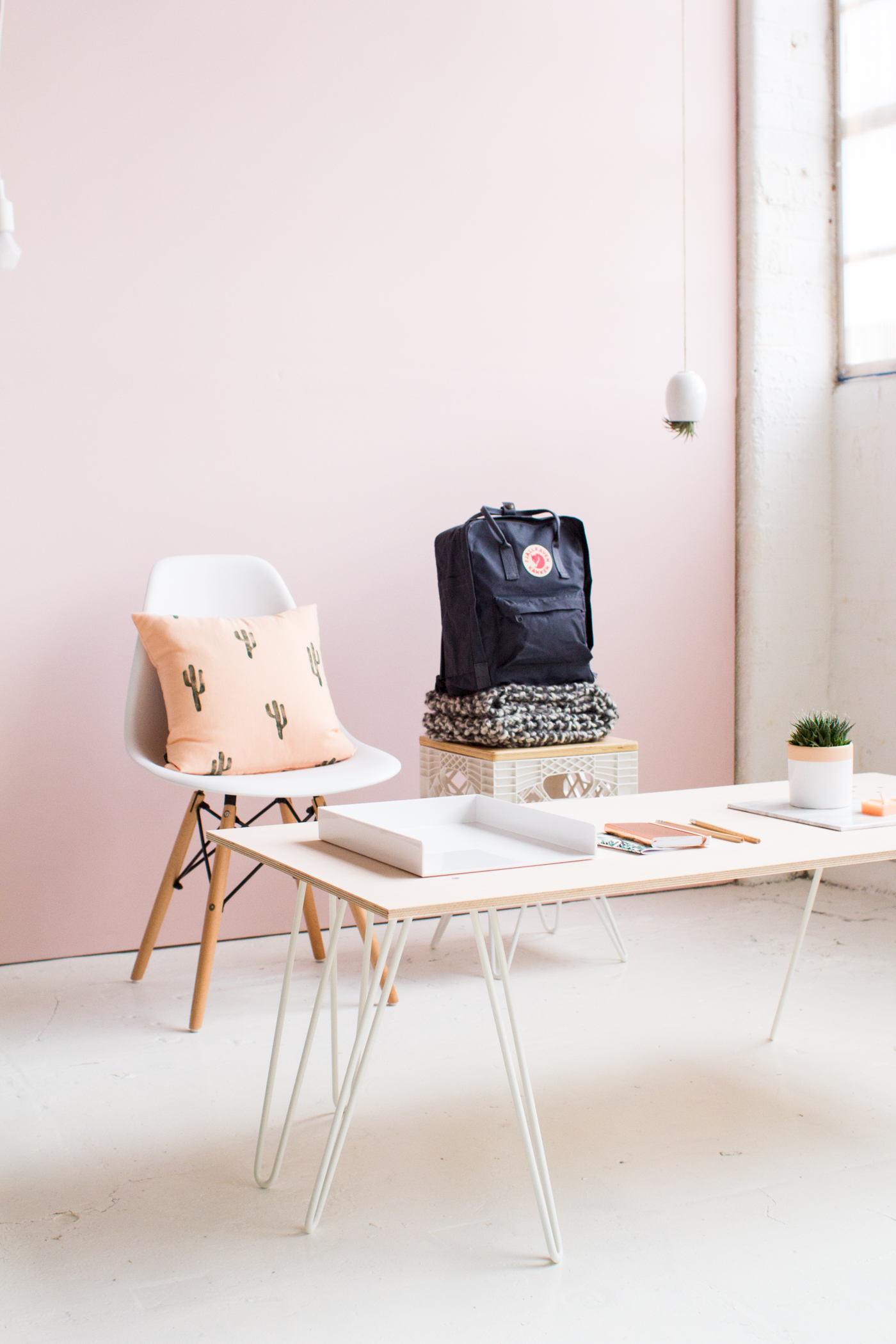 DIY SWENYO Skurniture Pink Washed Plywood Coffee Table | @fallfordiy