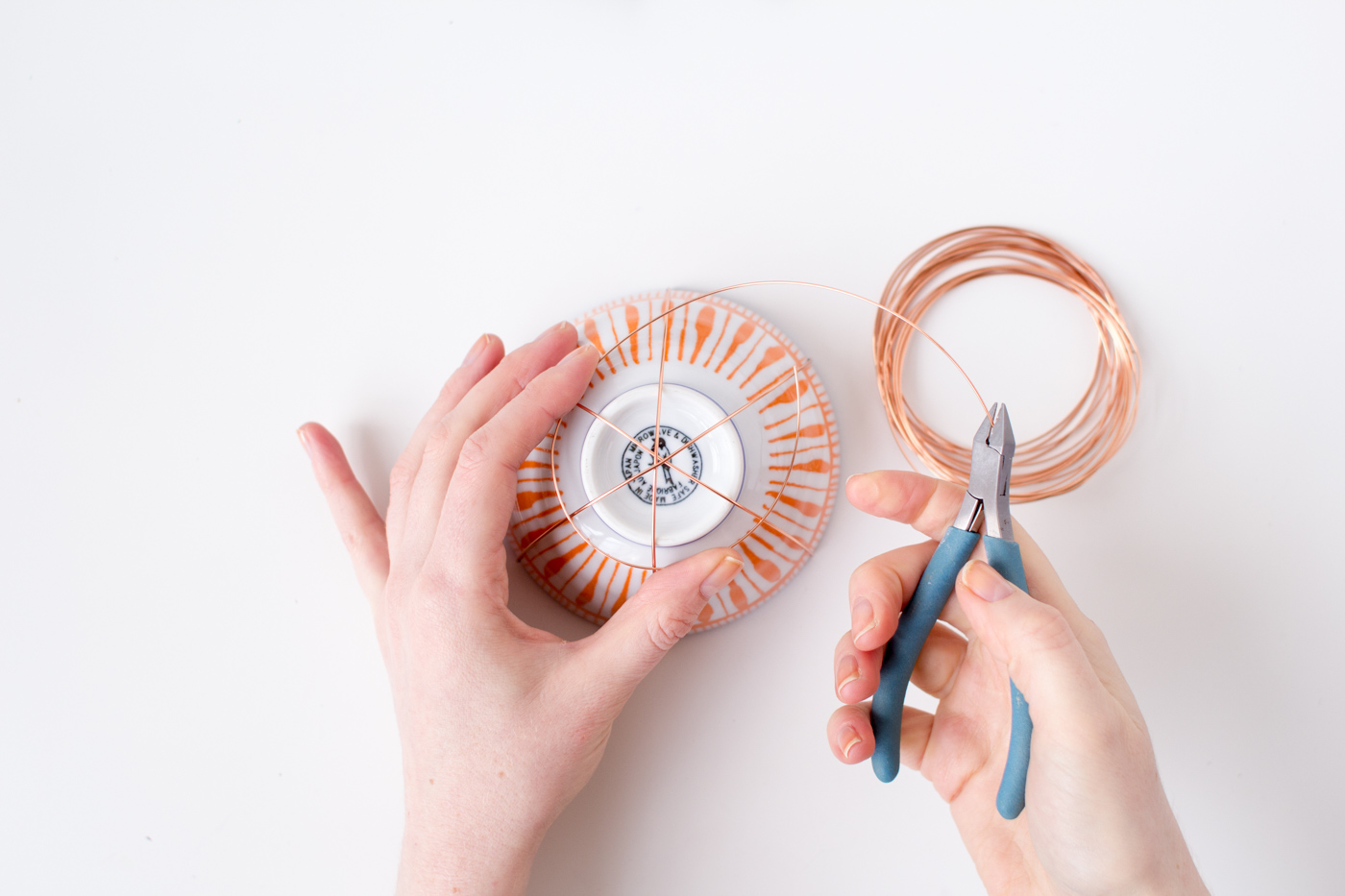Copper wire basket tutorial | @fallfordiy-5
