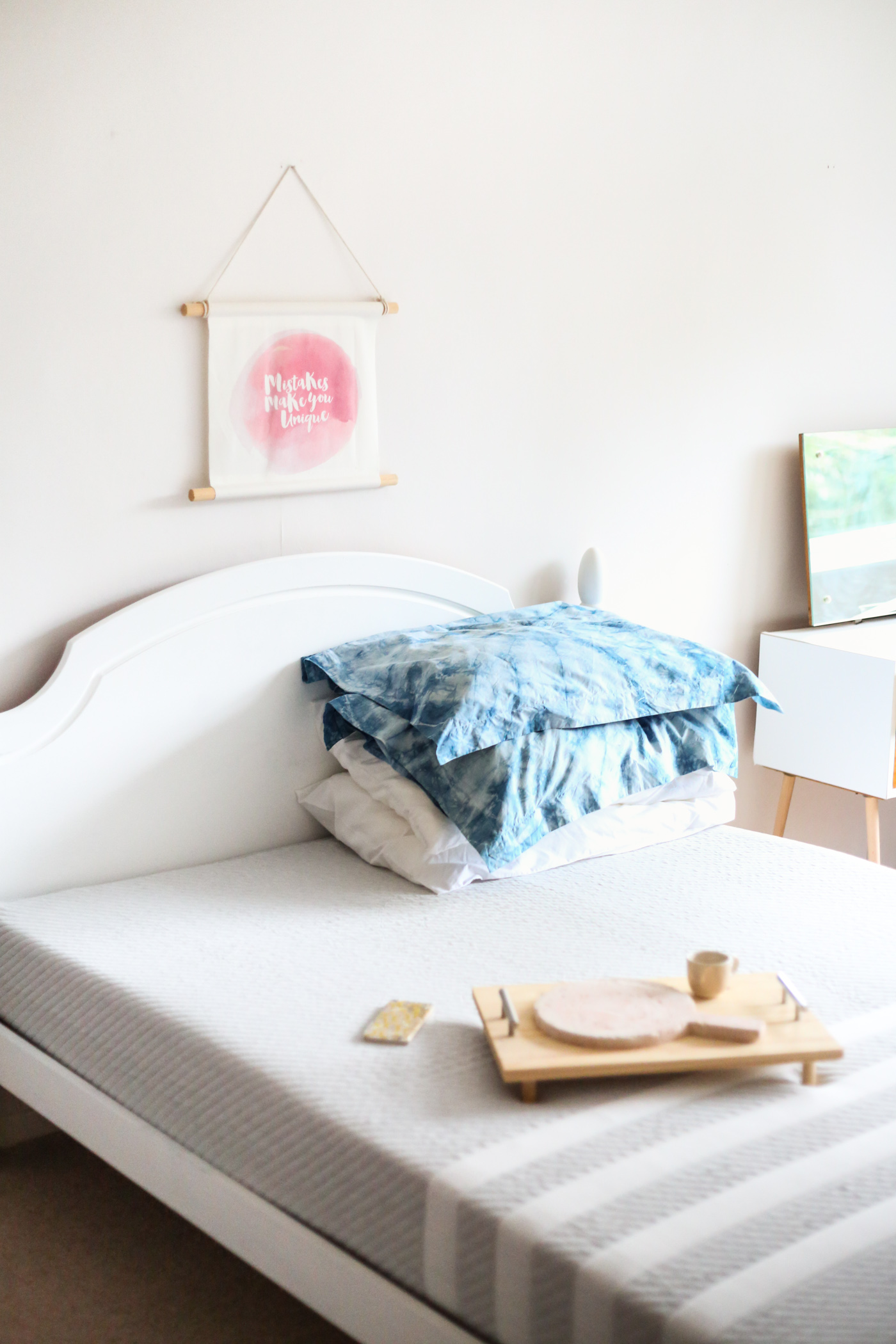 Diy Bed Refresh How To Mix Chalk Paint Fall For Diy