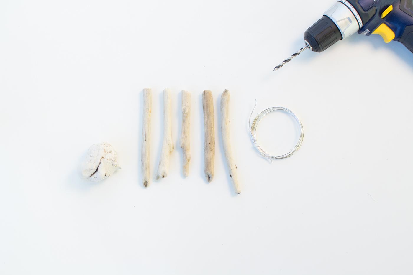 DIY Clay & Driftwood Spoons | @fallfordiy-1