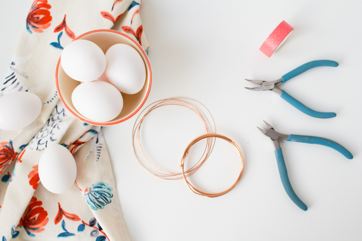 DIY Copper Wire Easter Egg Baskets | @fallfordiy Materials