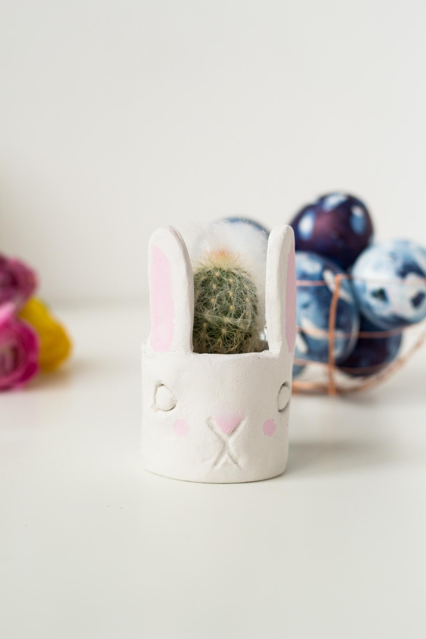 DIY Mini Cacti Bunny Planter | @fallfordiy