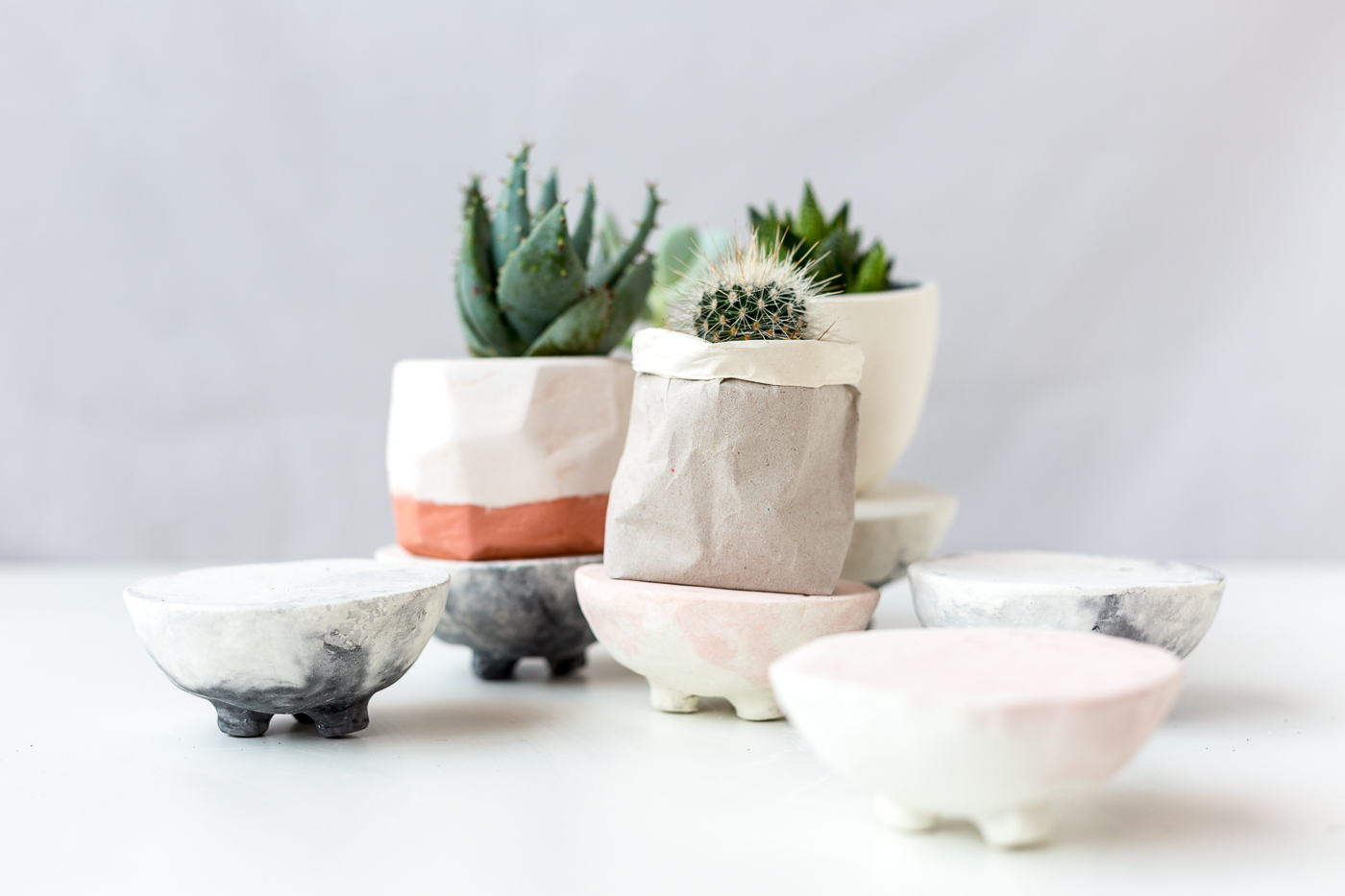 DIY Dyed Marbled Concrete Planter Stands for all your Succulents