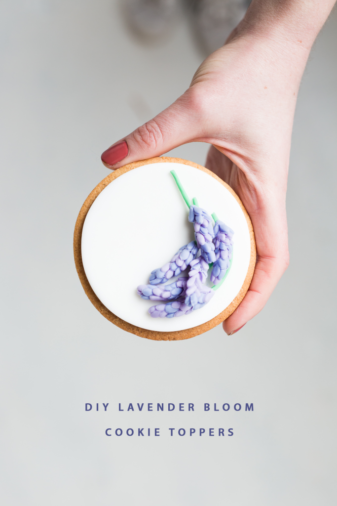 DIY-Sugar-Lavender-Bloom-Cookie-Toppers-_-@fallfordiy-37