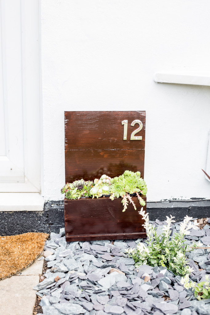 Entrance makeover before and After | @fallfordiy