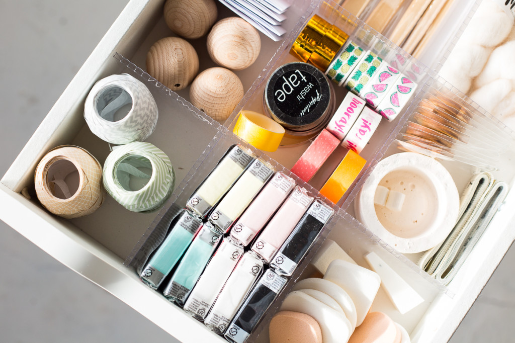 DIY Drawer Dividers to Organise Your Craft Supplies | @fallfordiy-10