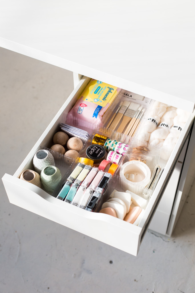 DIY Drawer Dividers to Organise Your Craft Supplies | @fallfordiy-11