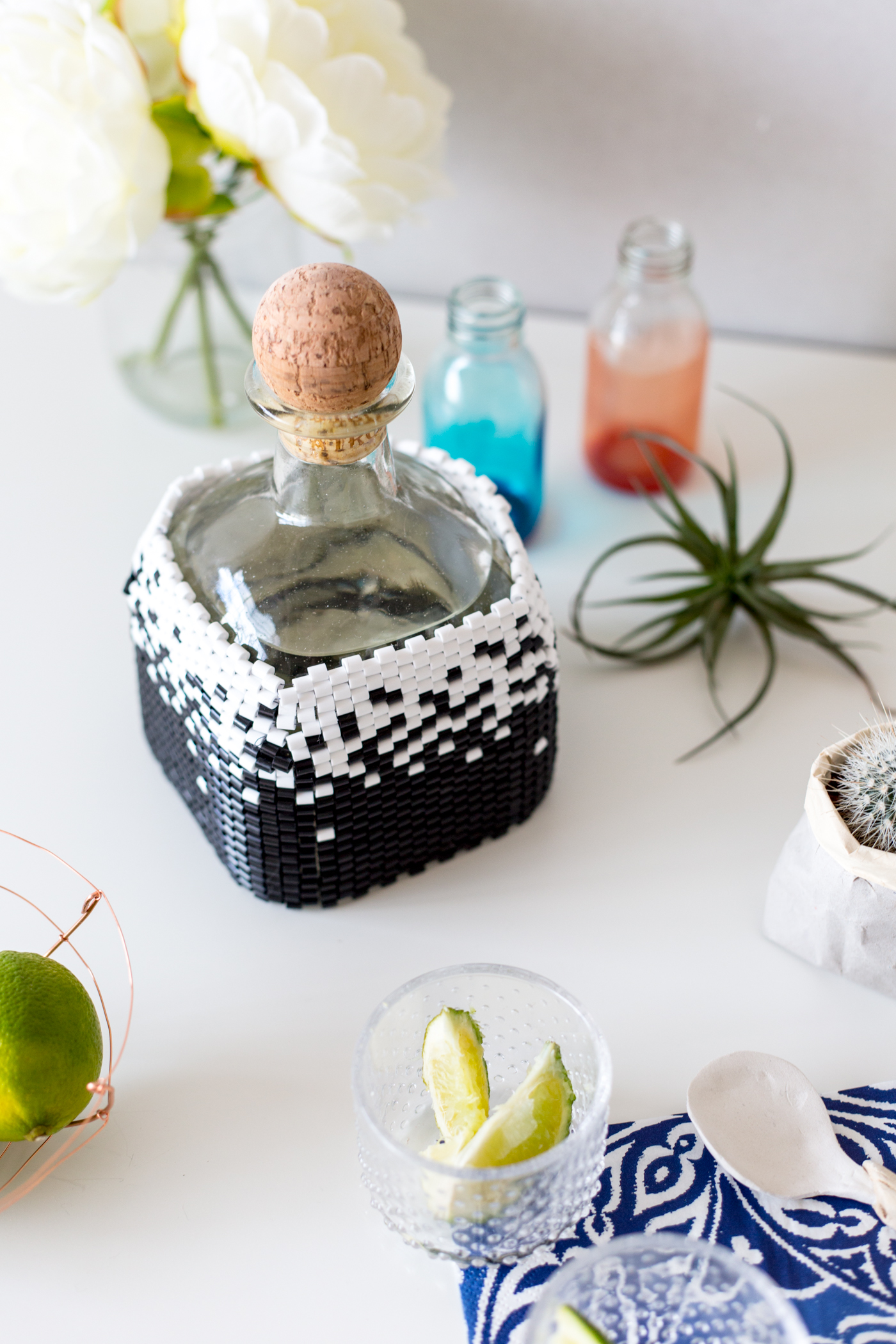 diy-beaded-bottle-cover-in-peyote-stitch-with-tutorial-fallfordiy-2