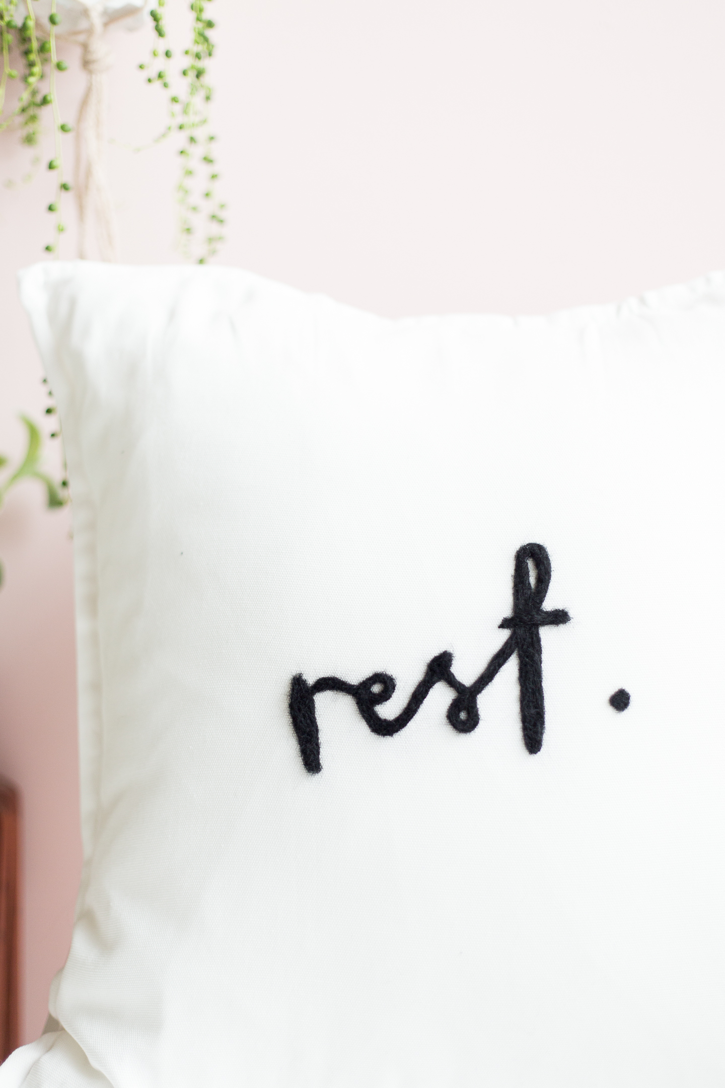 DIY Needle Felted Lettered Cushion | @fallfordiy