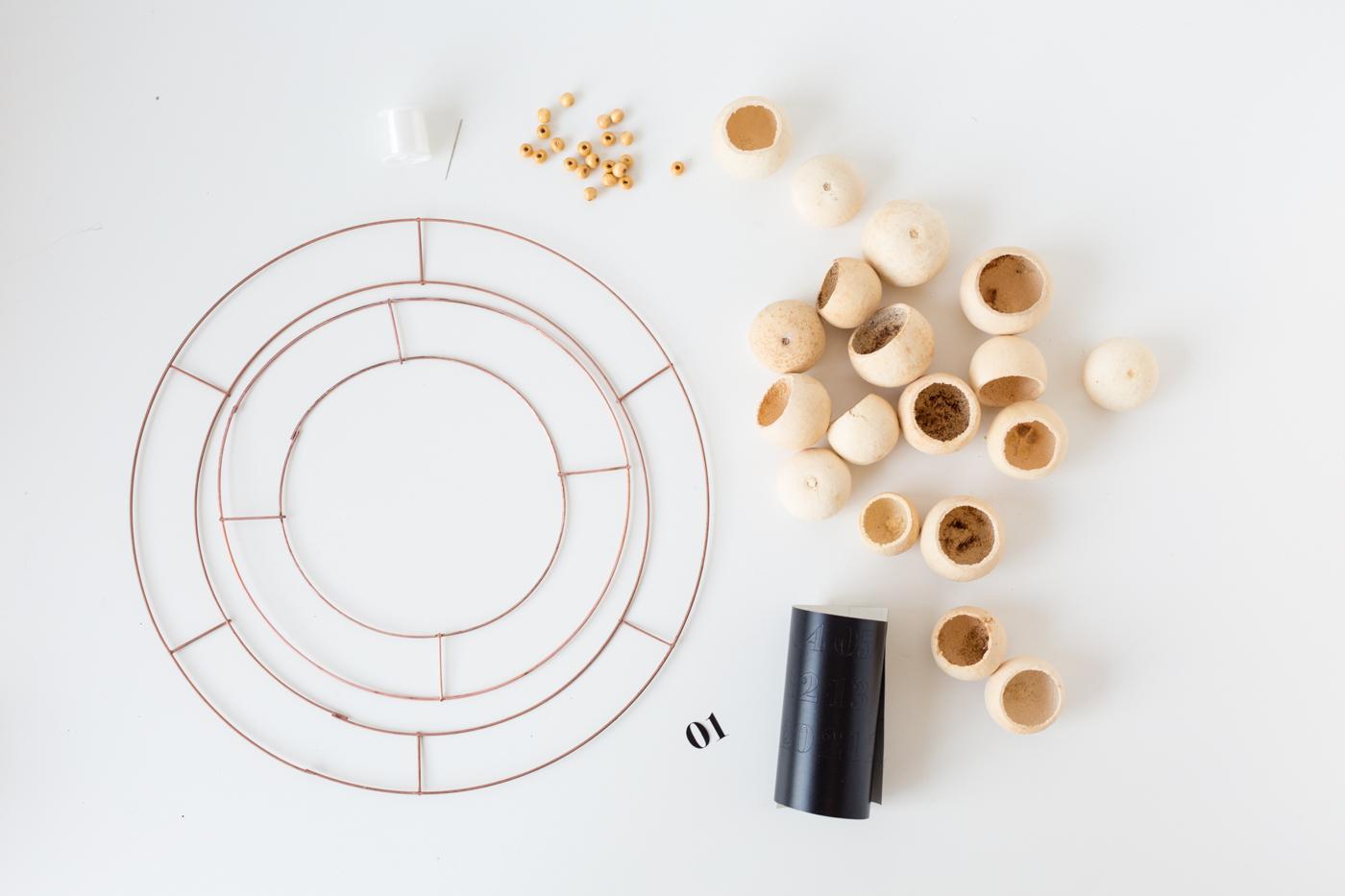 Make a DIY Floating Pod Advent Calendar | @fallfordiy