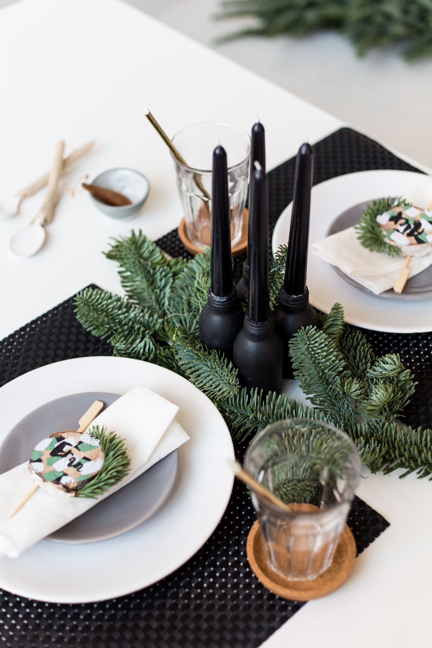 DIY Birch Wood Slice Name Card Table Settings | @fallfordiy