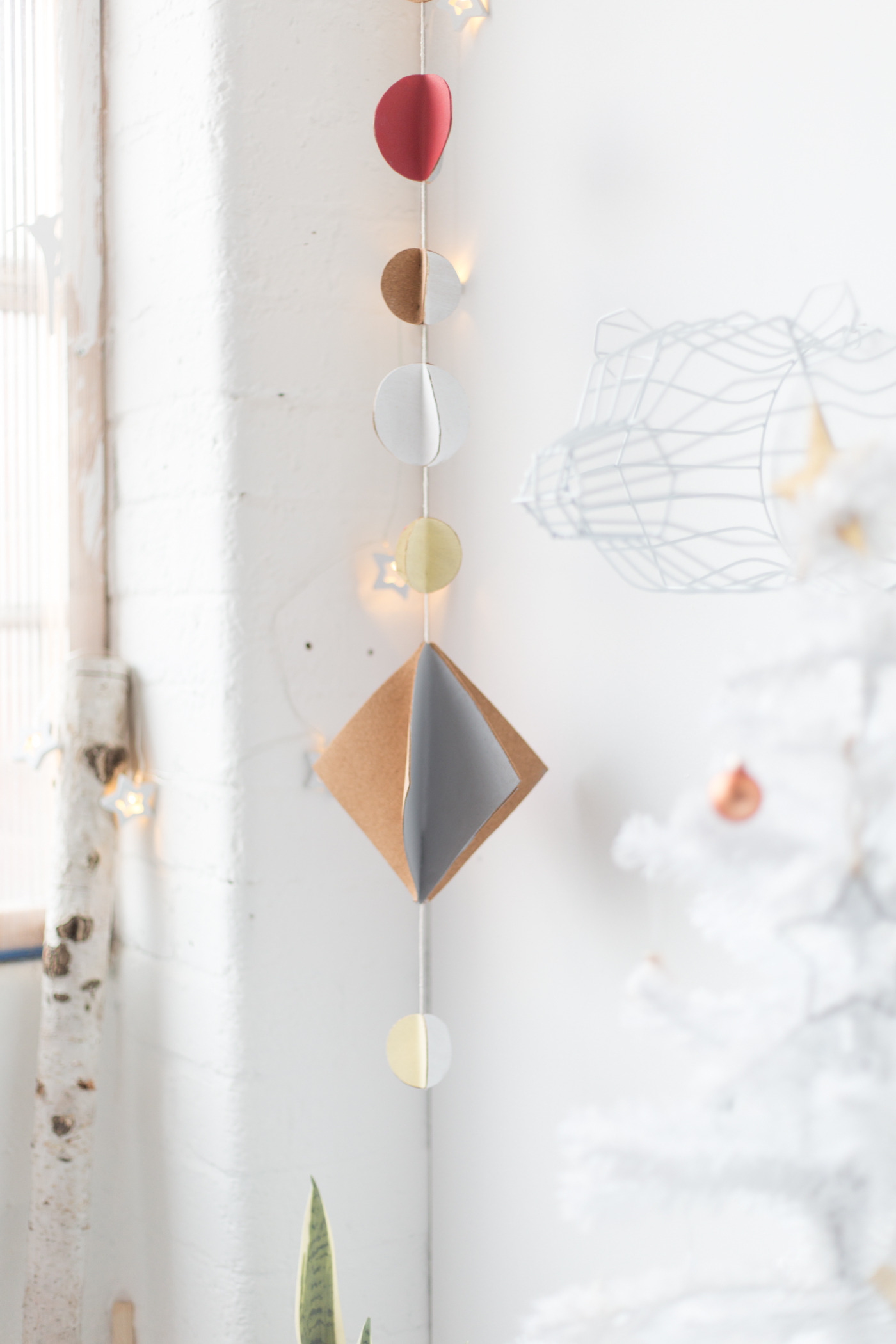 DIY Cork Christmas Hanging Garland