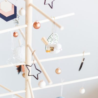 DIY Minimalist Wooden Christmas Tree