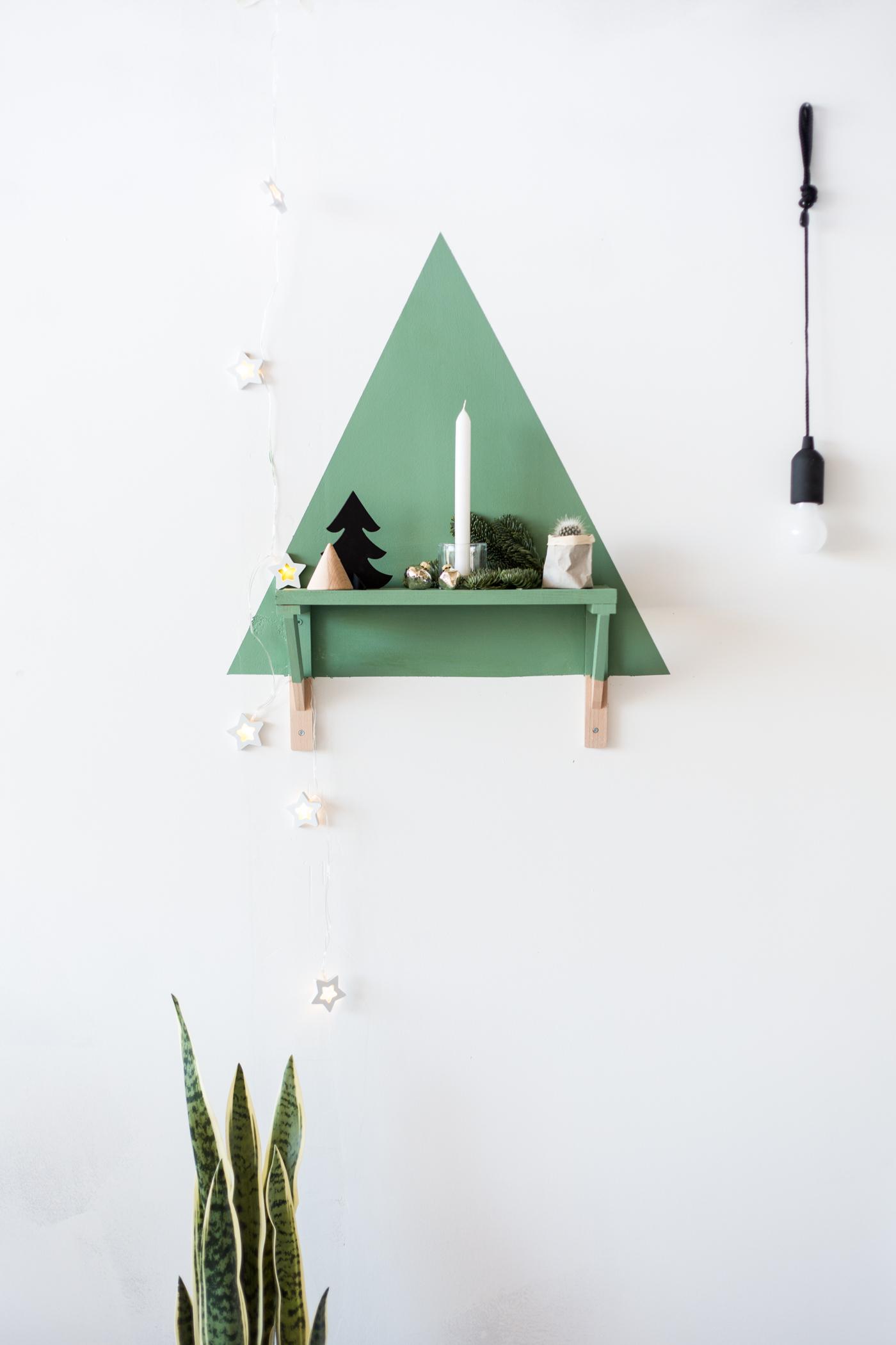 diy-painted-christmas-tree-shelf-with-dulux-fallfordiy-3