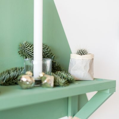 12 Shades of Christmas Day One | Painted Christmas Tree Shelf