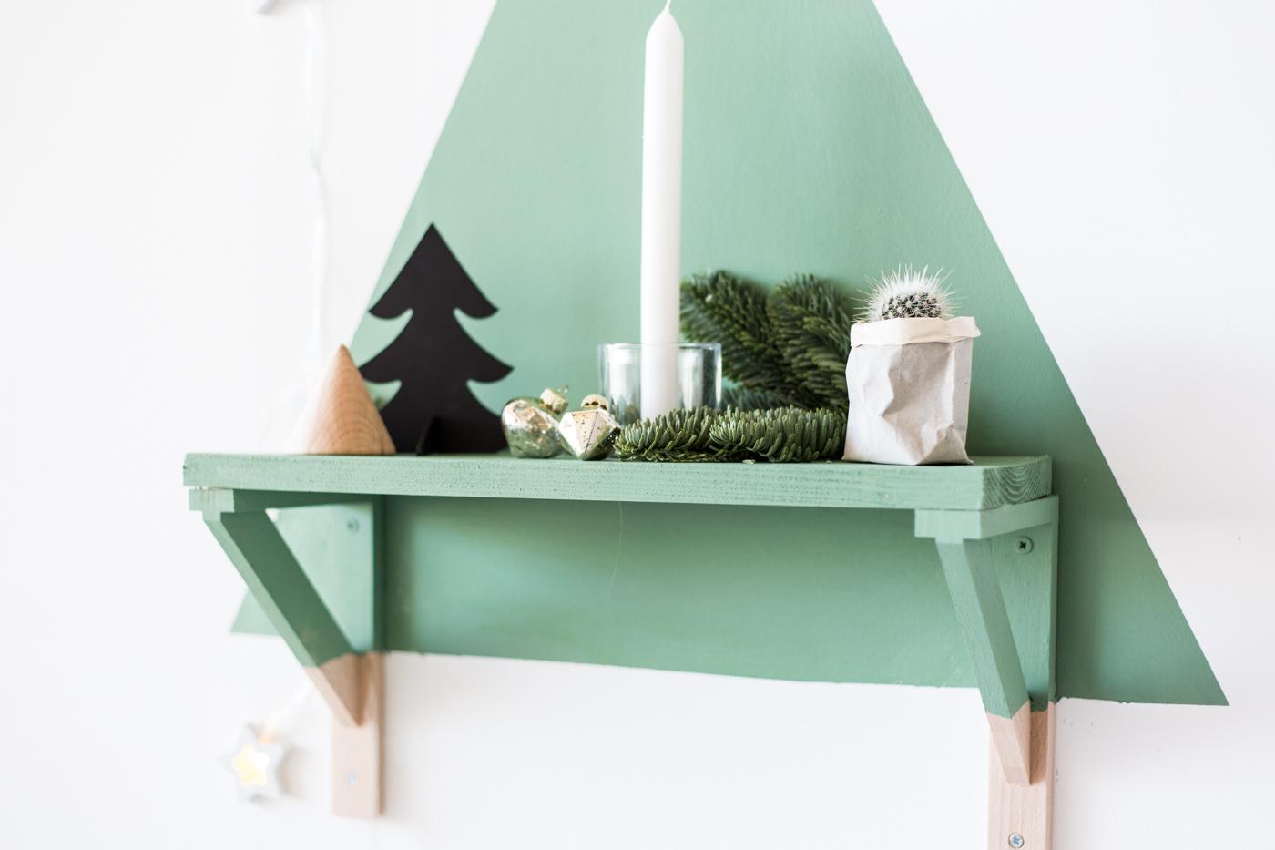 diy-painted-christmas-tree-shelf-with-dulux-fallfordiy-8