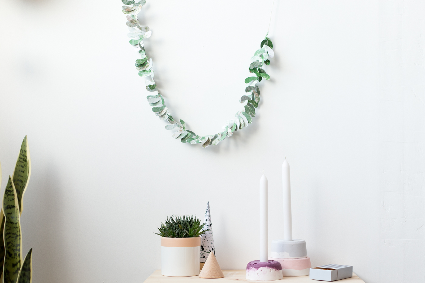 diy-paper-leaf-garland-with-dulux-fallfordiy-2