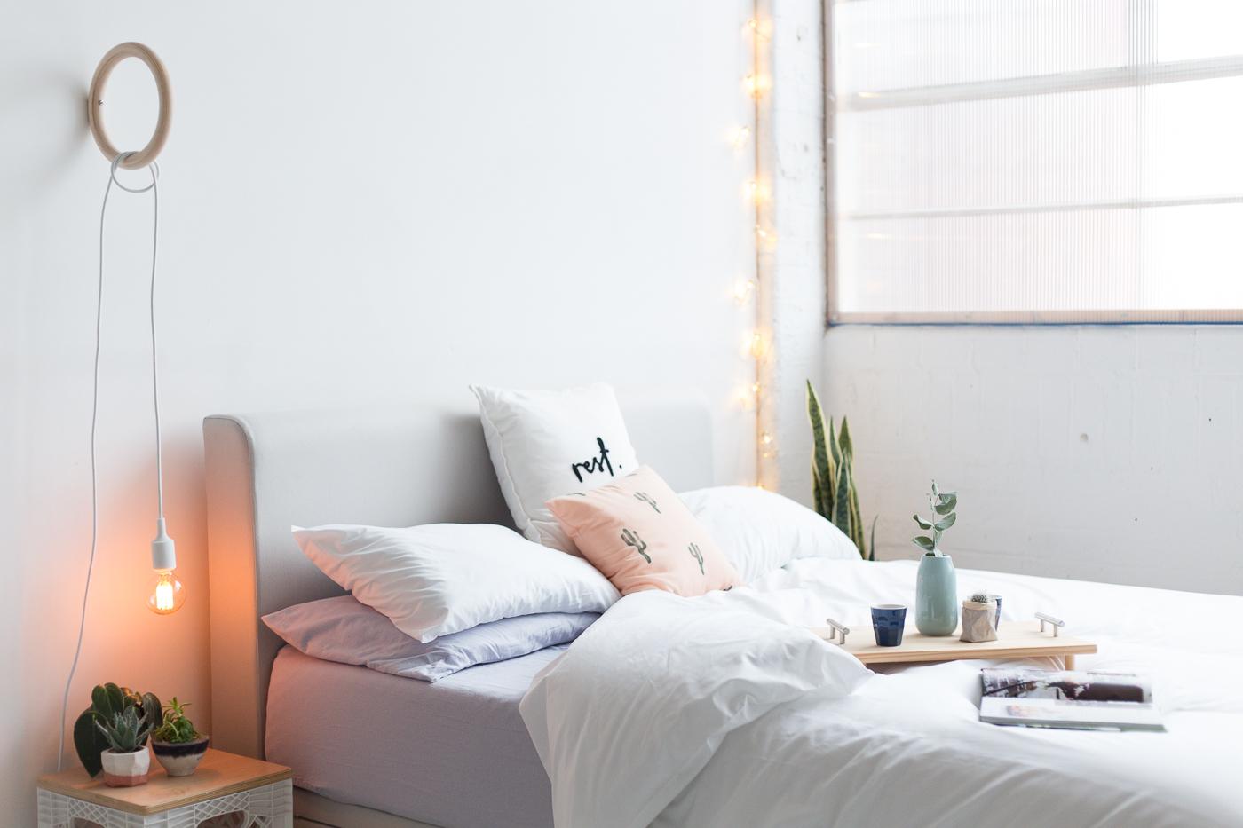 fabriquer lampe de chevet suspendu id es d coration. Black Bedroom Furniture Sets. Home Design Ideas