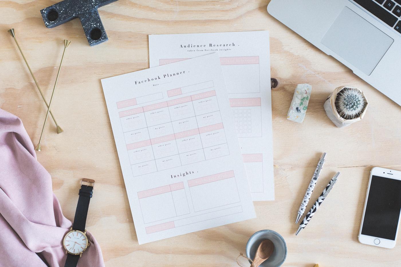 Free Printable Social Facebook Planner | @fallfordiy