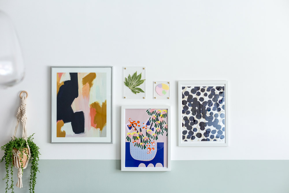 DIY No Drilling Perspex Picture Frames Made Easy with Sugru | @fallfordiy