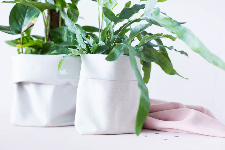 DIY Canvas Fabric Planters made from Plastic Bottles tutorial