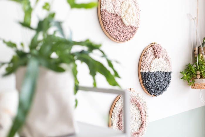 DIY Punch Rug Artwork for Beginners | @fallfordiy