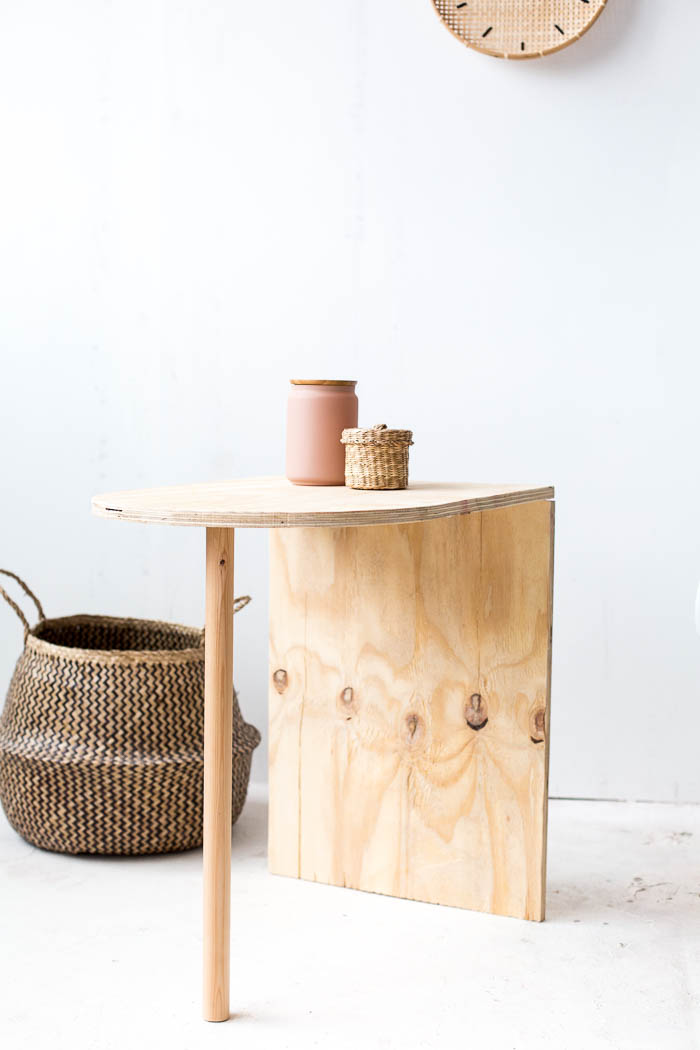 DIY Wooden Side Table tutorial