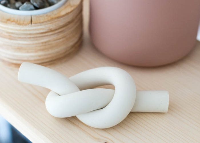 DIY Polymer Clay Knot Paperweight