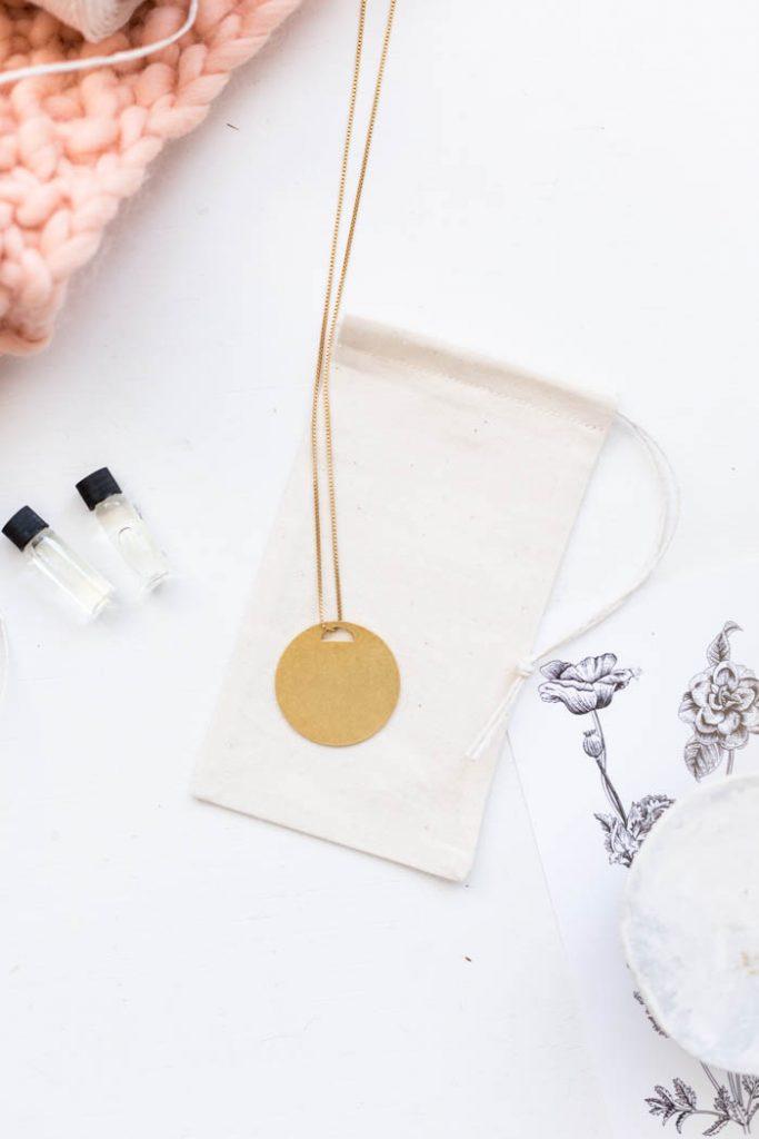 DIY fastest fabric drawstring bag | @fallfordiy