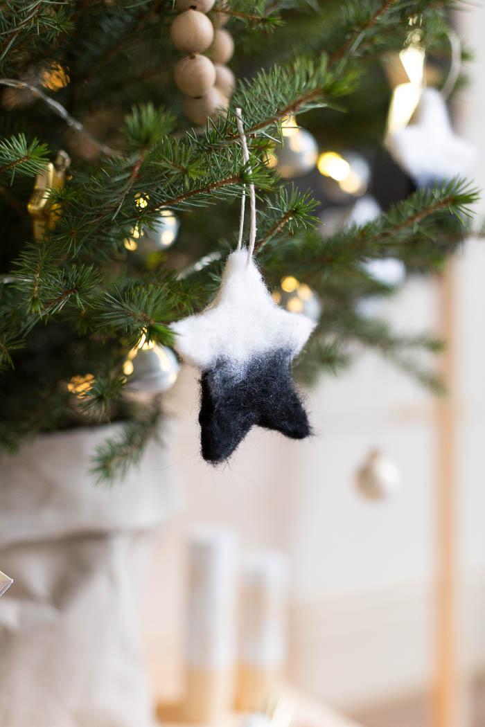 DIY Needle Felted Christmas Star Tree Ornaments | Fall For DIY