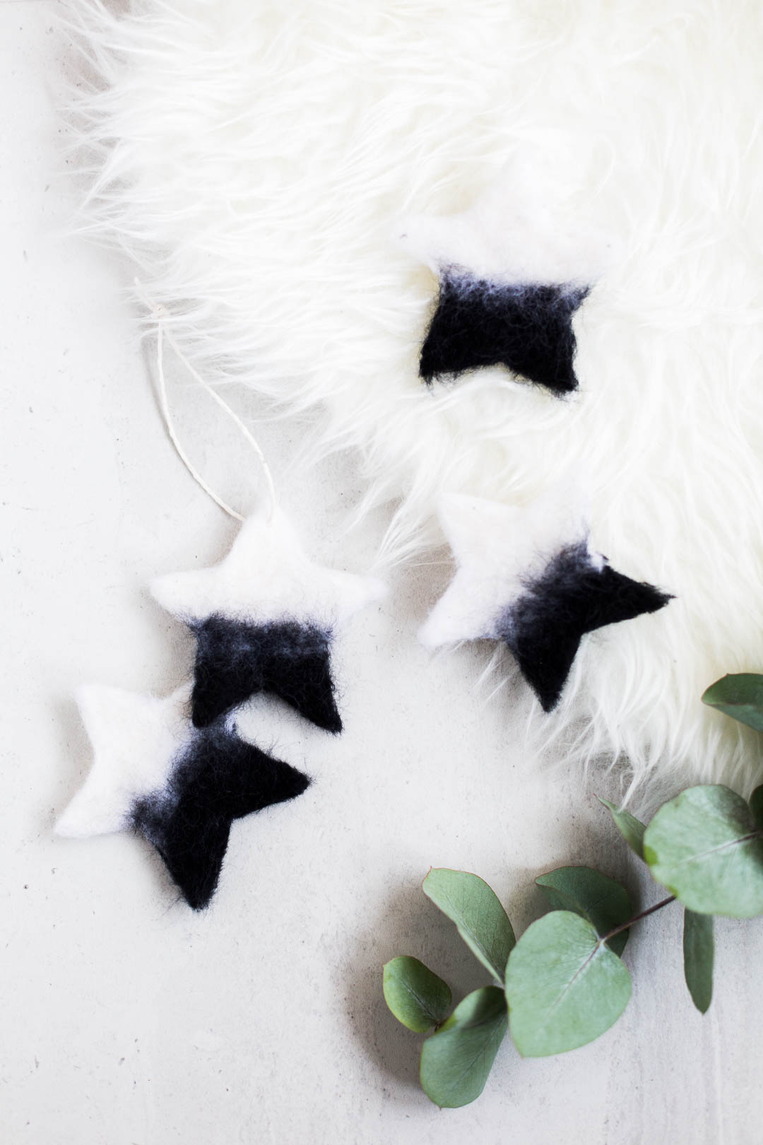 Diy Needle Felted Christmas Star Tree Ornaments Fall For Diy