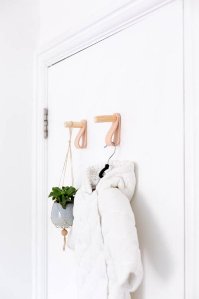 DIY Wood and Leather Door Hooks | @fallfordiy