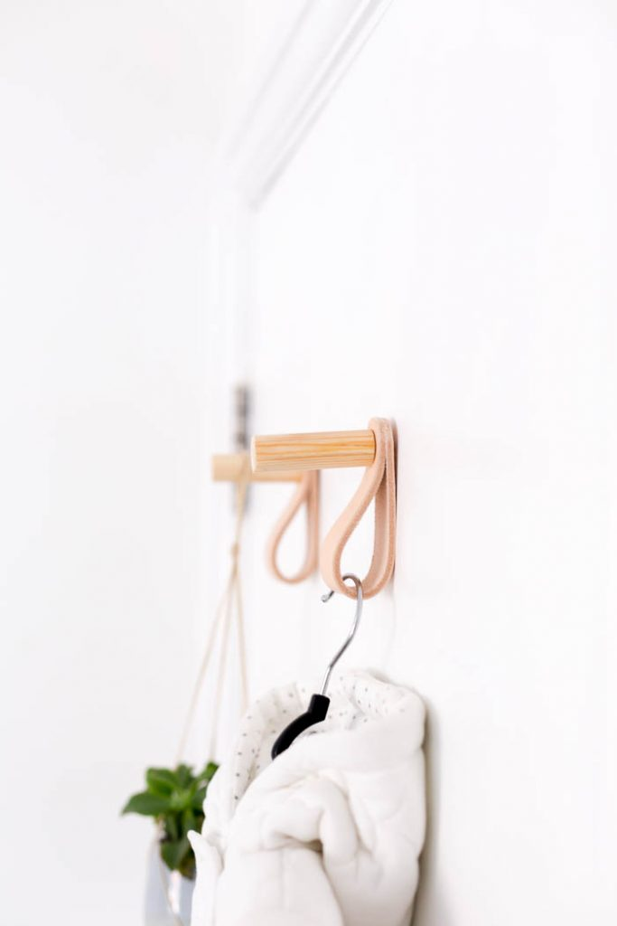 DIY Wood and Leather Door Hooks Tutorial | @fallfordiy