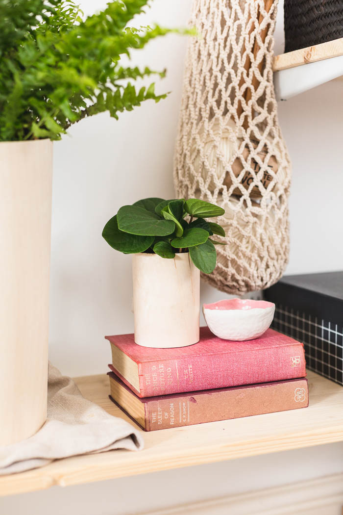DIY Plywood Wrapped Planters | @fallfordiy