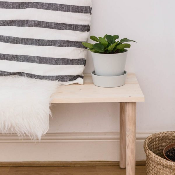 DIY Easy Dining Bench