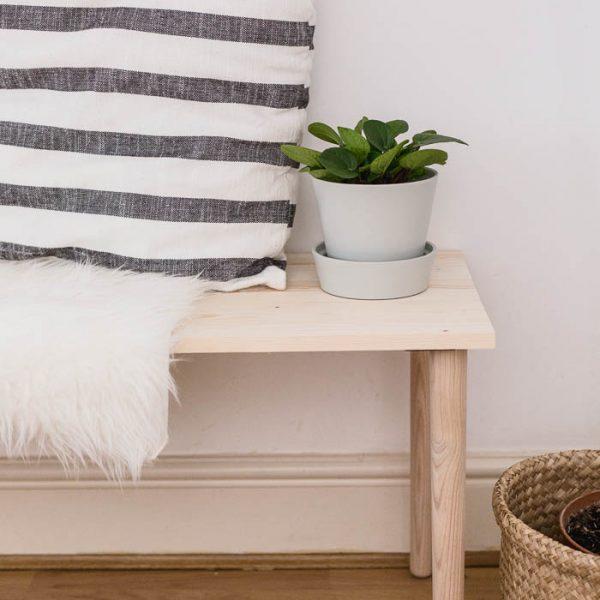 DIY Easy Dining Bench