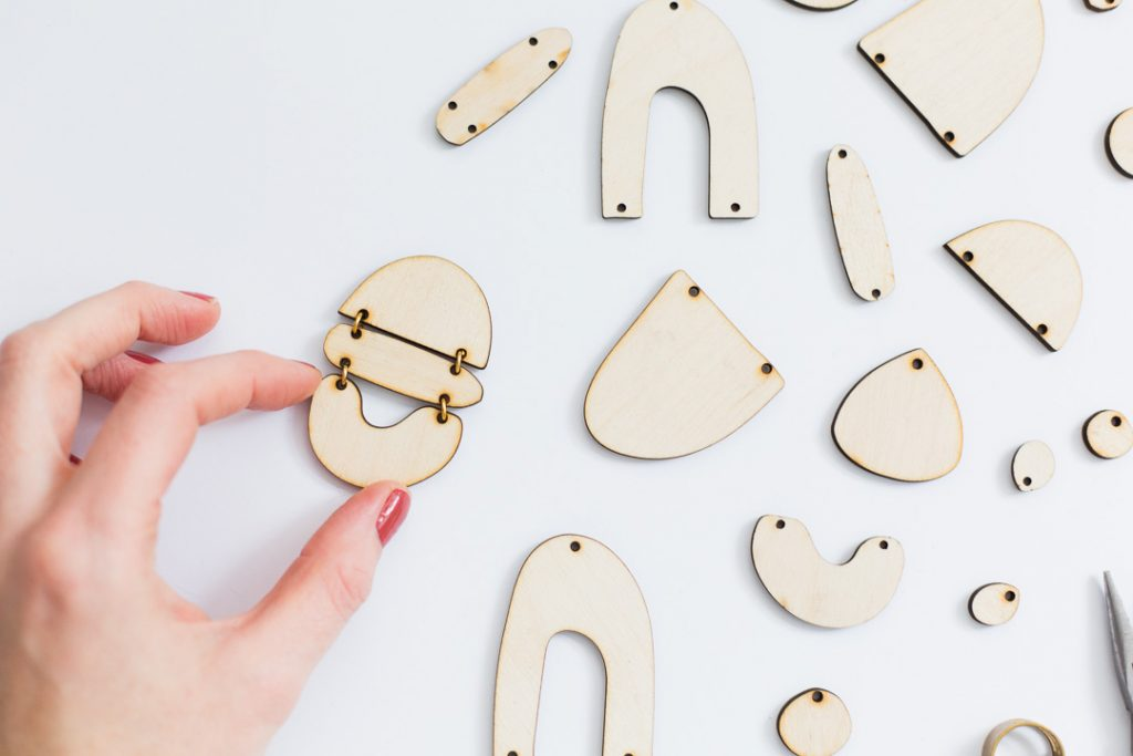 Fall For DIY x Working Clasp Collaboration
